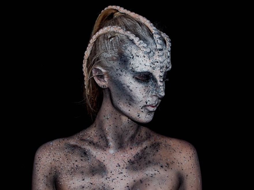 I-make-myself-into-monsters-574431bf7f267__880